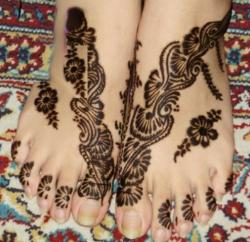 Bridal-Henna-Designs-for-Feet