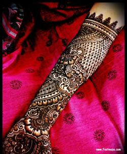 Latest-Beautiful-Bridal-Mehndi-Designs-2012-12