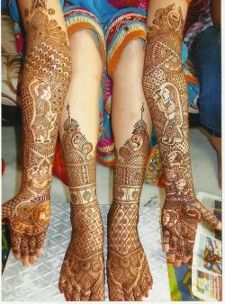 Latest-Bridal-Mehndi-Designs-for-Legs-Hands-for-Wedding-Images